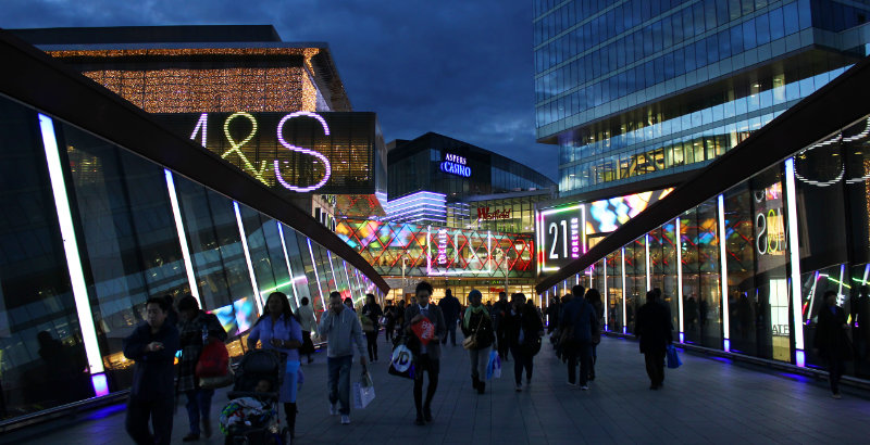 Black Friday shopping 2019 could see record crowds at shopping centres.