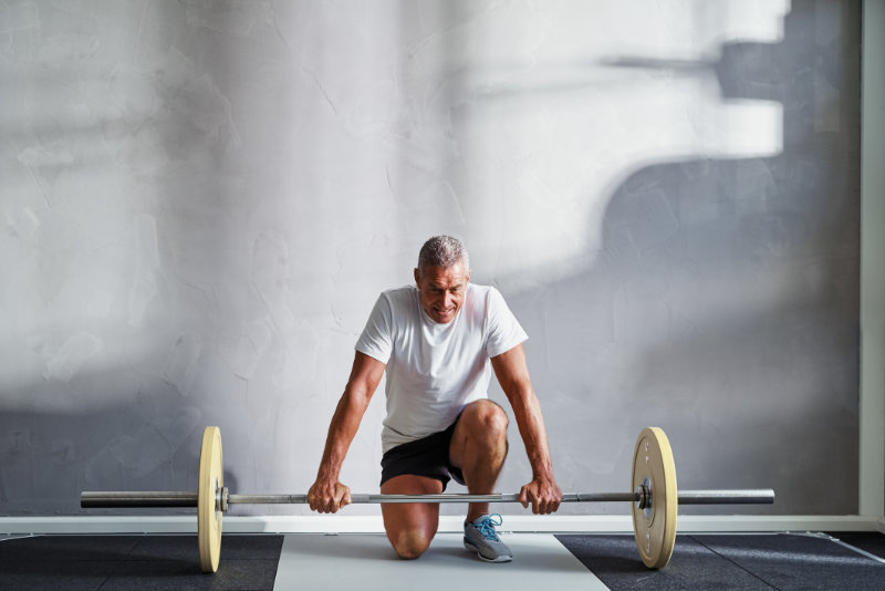 Weight lifting for seniors video and guide to help your fitness in later life