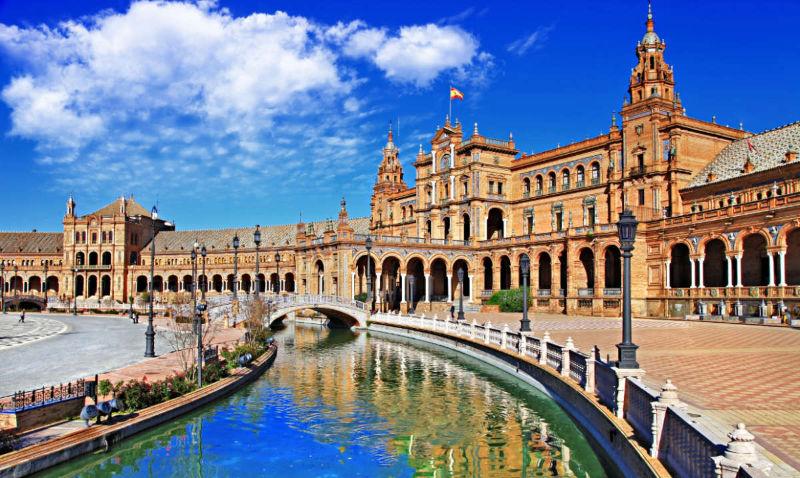best European cities to visit in winter Beautiful Plaza De Espana Sevilla.