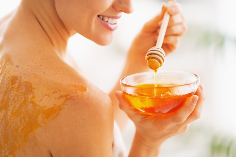 Health benefits of honey Honey can help to heal burns and bruises