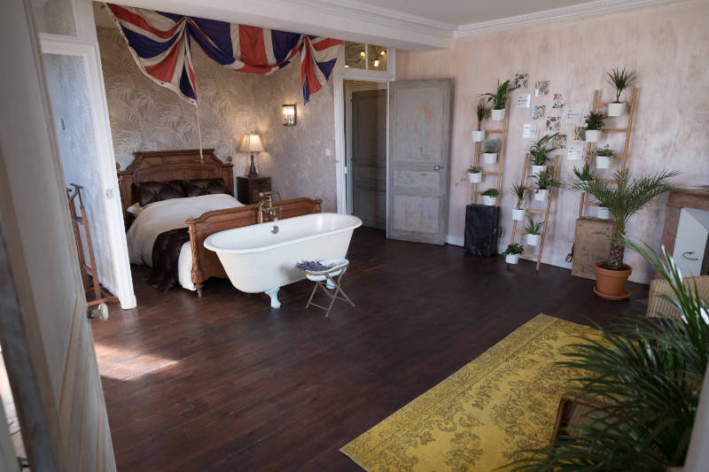 The Botanical bedroom at the Chateau (Kindling Media/PA)
