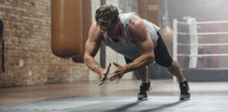 Chris Hemsworth (Centr/PA)