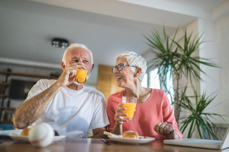 Drinking orange juice with vitamin C could help with dementia.
