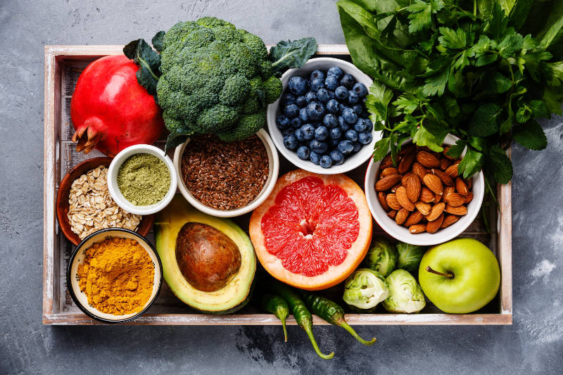 Fresh, healthy organic food can help benefit your gut.