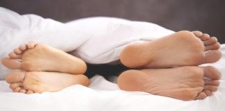 Sleeping in separate beds guide