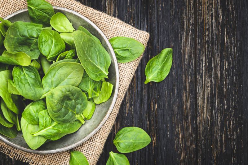 Spinach brain health – leafy greens can positively improve memory and reasoning.