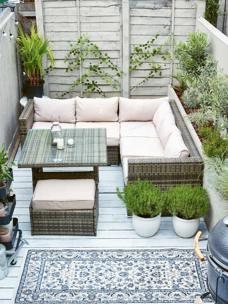 Balcony garden ideas outdoor room