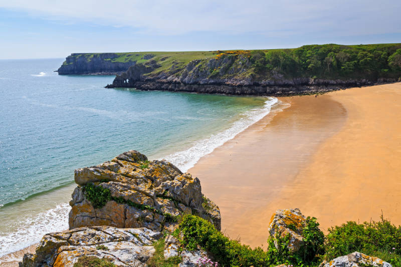 Welsh beaches Overlooking the stunning beach at Barafundle Bay on the Pembrokeshire coast of South Wales UK Europe