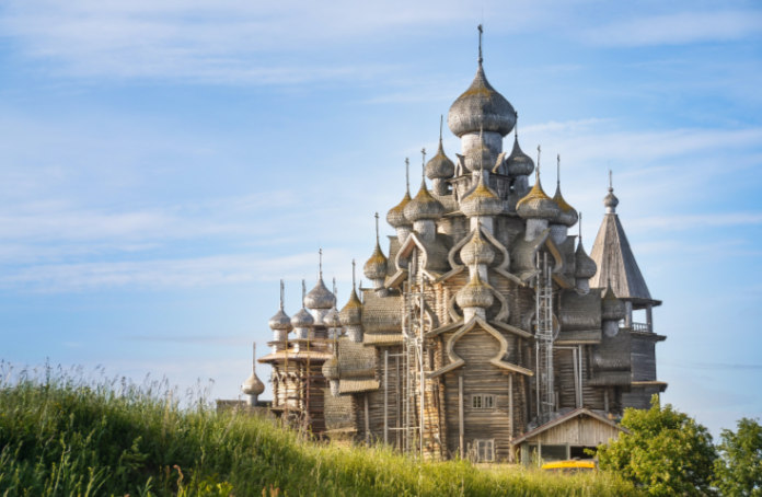 Famous churches Church of the Transfiguration, Russia