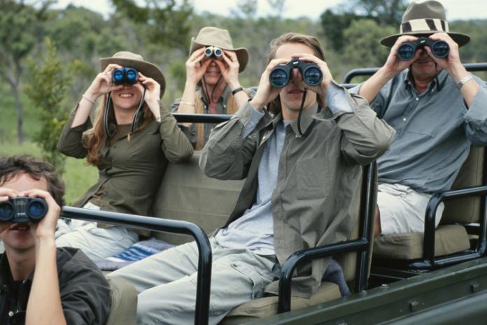 How to choose binoculars - magnification