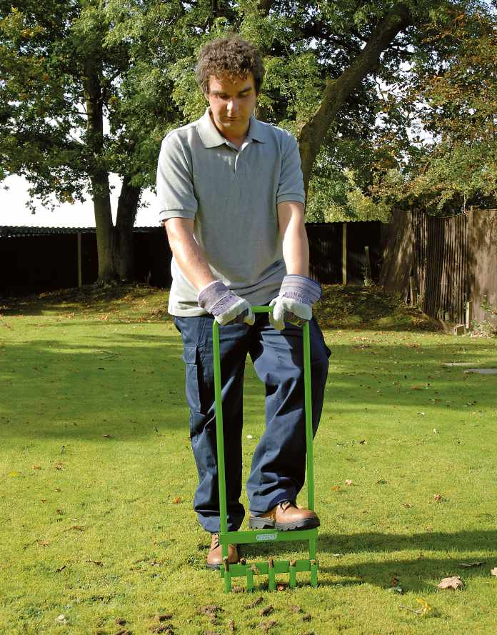 Summer lawn tips - give soil some air 2