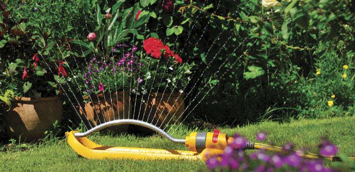 Sprinkler (Hozelock/PA)