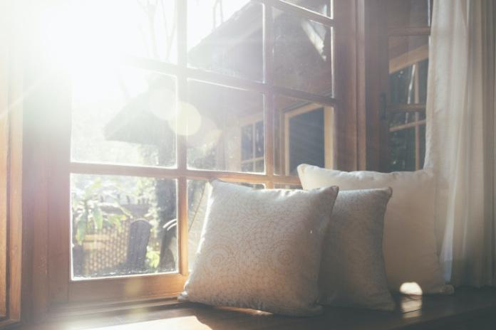 Keep windows dressings to minimum