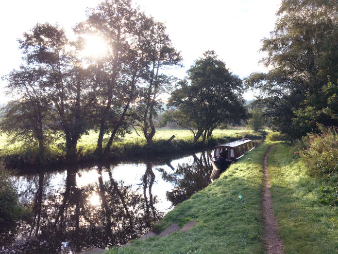 Narrowboat holidays on the Caldon Canal