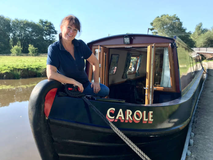 Narrowboat holidays aboard 'Carole'
