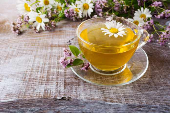 Foods that aid sleep camomile