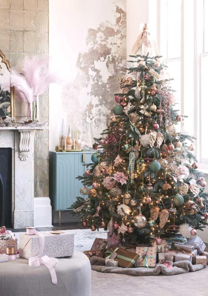 St. Petersburg Unlit Christmas Tree