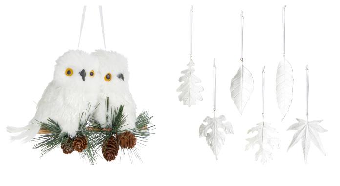 White Christmas tree ornaments