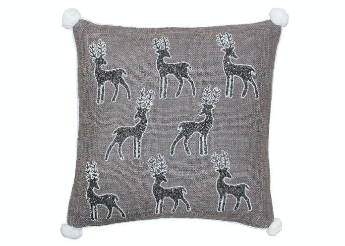 Riva Home Paoletti White Christmas Reindeer Cushion