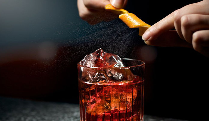 How to make a negroni with atwist