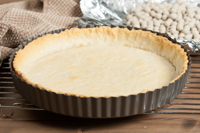 Shortcrust pastry in pie shell