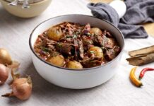 Slow Cooker Chuck Beef & Shallot Chilli