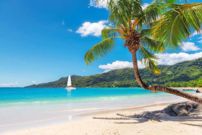 Amazing Seychelles beach.