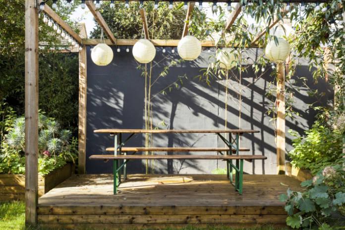 Outdoor living pergola in garden