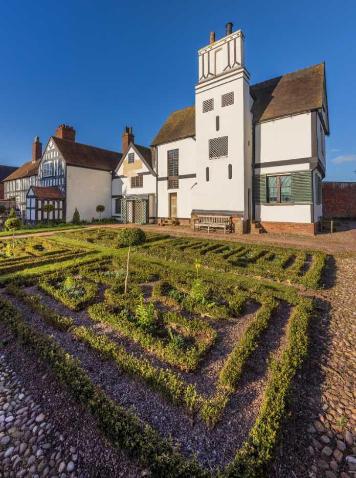 Boscobel House and the Royal Oak