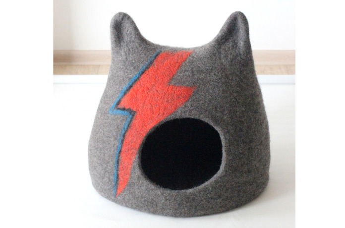 Ziggy Stardust Cat Cave,  how to stop cats from scratching furniture