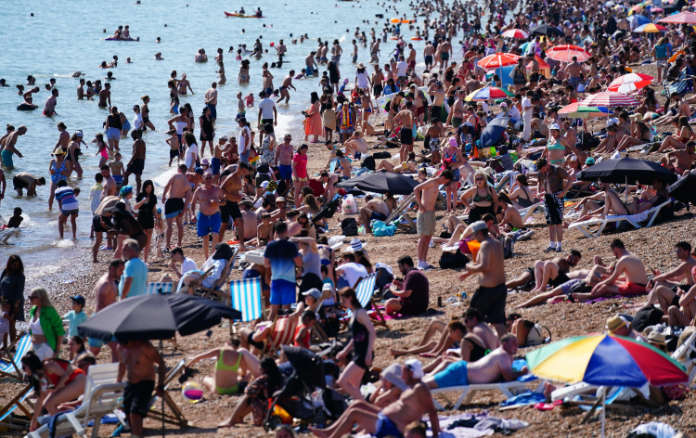 sunburn crowds
