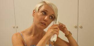 Cordless hair straighteners