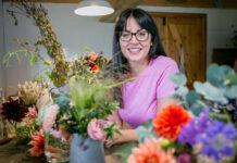 Create memory pots Garden influencer Ellen Mary