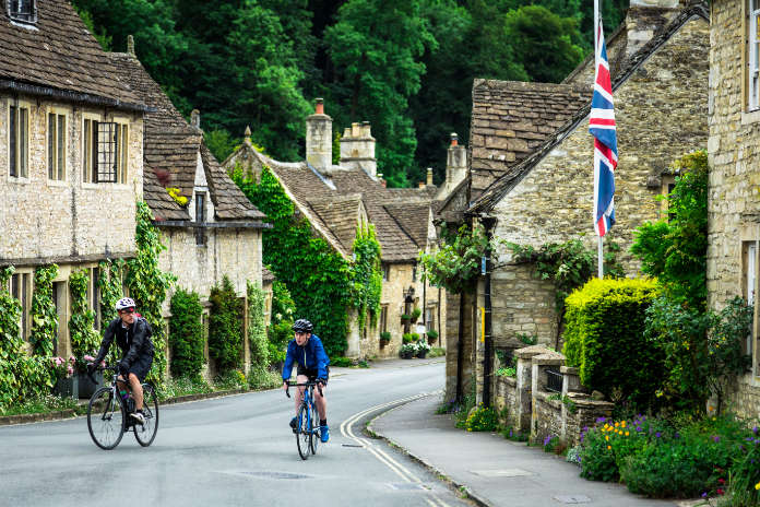 Eco travel Europe - try a cycle holiday through the English countryside